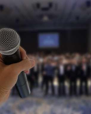 Como superar o medo de falar em público? Confira as melhores técnicas