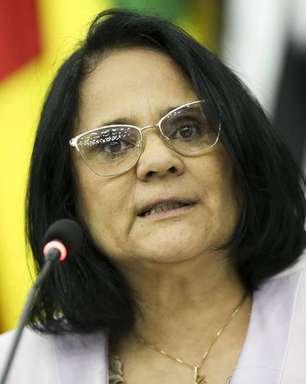 """""""Cadeia imediatamente"""", pede Damares sobre caso Robinho"""