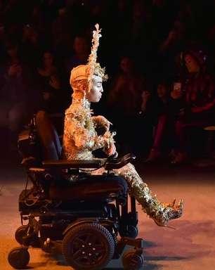 Modelo cadeirante faz sucesso na semana de moda de Nova York. Veja relato!