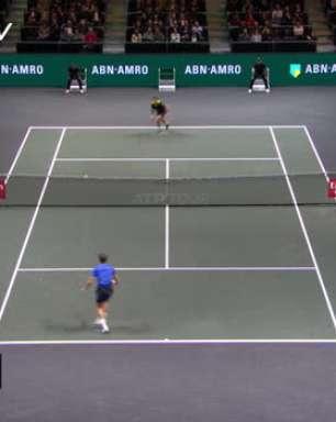 TÊNIS: ATP Rotterdam: Pospisil vence Medvedev (6-4, 6-3) - Melhores Momentos