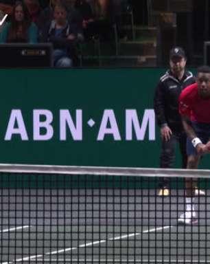 TÊNIS: ATP Roterdã: Monfils vence Simon (6-4, 6-1) - Melhores Momentos