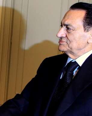 Morre ex-presidente do Egito Hosni Mubarak aos 91 anos