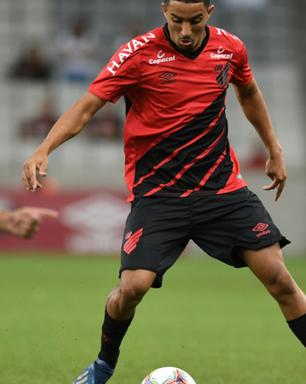 Com gol nos acréscimos, Athletico-PR vence o Rio Branco pelo Paranaense