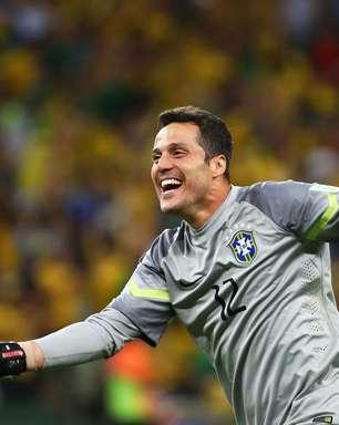 Julio César: jogo da Copa 2014 e defesa contra Messi foram meus grandes momentos
