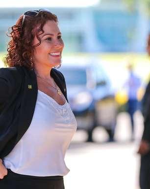 Zambelli quer acionar STF para ser ouvida na CPI da Covid