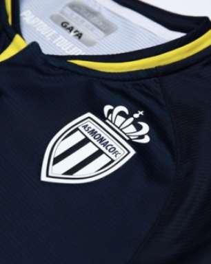 Monaco lança uniforme que relembra conquistas e craques do passado