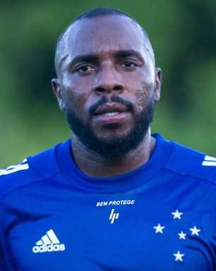 Manoel pede para deixar Cruzeiro e fica próximo do Flu