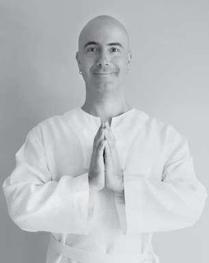 Quem é Satyanatha, o brasileiro que virou monge