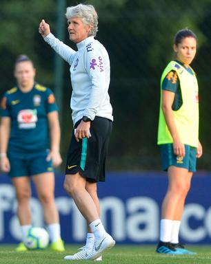 Pia convoca Seleção Feminina para série de treinamentos