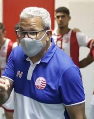Consistência defensiva e melhora de desempenho do Náutico são exaltados por Hélio dos Anjos