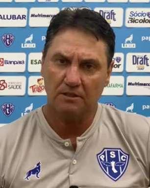 """PAYSANDU: Brigatti se mostra chateado com derrota em clássico Re-Pa: """"Jogar com um a menos nos complicou demais"""""""
