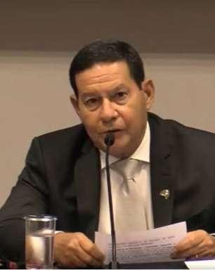 """""""Contra fatos não há argumentos"""", diz Mourão sobre Lula"""