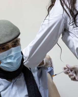 São Paulo começa a vacinação de idosos a partir do dia 8