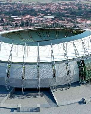 Incêndio atinge cabine de rádio dentro da Arena Castelão