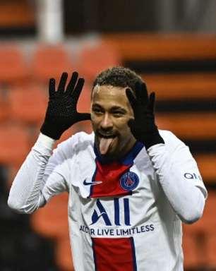 Após derrota, Neymar afirma que baladas são indispensáveis