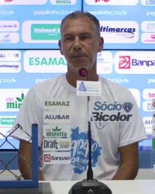 """PAYSANDU: Aylton Costa exalta experiência da equipe do Manaus e nega favoritismo do adversário: """"Independente de quem a gente enfrente, temos que jogar pra vencer"""""""