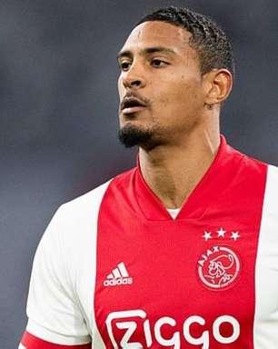 Ajax paga fortuna por atacante Haller e 'esquece' de inscrevê-lo na Liga Europa