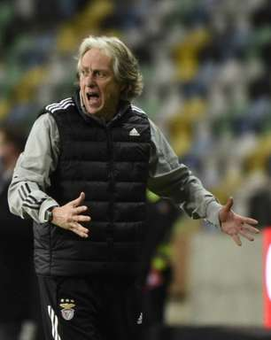 Benfica descarta demissão de Jorge Jesus e treinador só sairá do clube por vontade própria, diz jornal