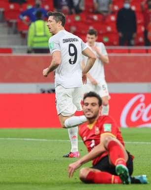 Bayern vence Al Ahly com dois de Lewandowski e vai à final
