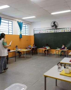 Fase vermelha: cai adesão de pais ao ensino presencial