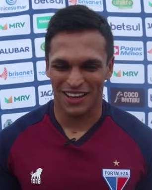 "FORTALEZA: Robson defende apelido de 'Robgol' e deseja: ""Quero seguir ajudando e fazendo gols"""
