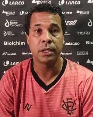"""VITÓRIA: Rodrigo Chagas aponta falta de entrosamento da equipe no empate contra o Bahia: """"A falta de entrosamento foi fundamental"""""""