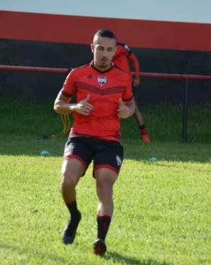 Athletico quer prolongar o vinculo do lateral Nicolas