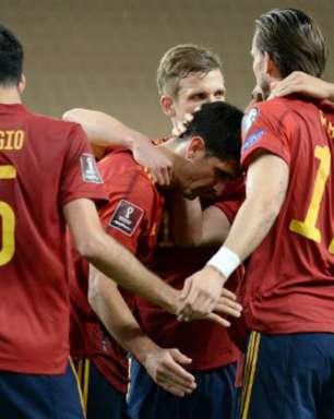 Espanha vence o Kosovo pelas Eliminatórias e segue em 1º