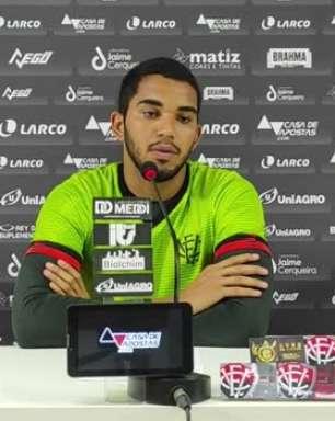 """VITÓRIA: Lucas Arcanjo celebra oportunidade de assumir a titularidade no gol: """"Venho esperando há muito tempo"""""""