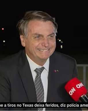 De surpresa, Bolsonaro fala com TV e conta 'bico' do passado