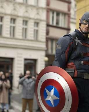Falcão e o Soldado Invernal enfrentam 'Capitão América'