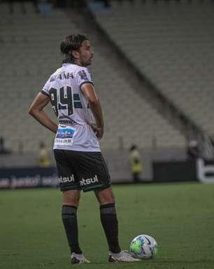Hoje no Coritiba, Mattheus Oliveira relembra início em Portugal e quer ajudar ainda mais o clube brasileiro