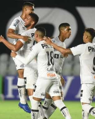 Covid adia sonho da estreia de lateral da base no profissional do Santos