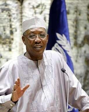 Um dia após ser reeleito, presidente do Chade morre em conflito