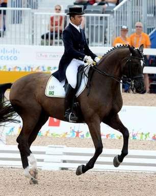 Atleta olímpico brasileiro é suspenso por maltratar cavalo