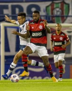 Jornal argentino destaca vitória dos 'monstros' do Flamengo na Libertadores e 'magia' de Gerson
