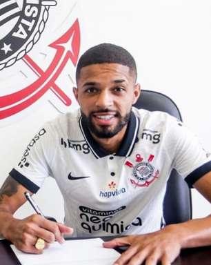 Corinthians anuncia renovação de contrato com Vitinho até 2024