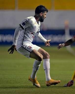Autuori elogia postura do Athletico na estreia da Sul-Americana