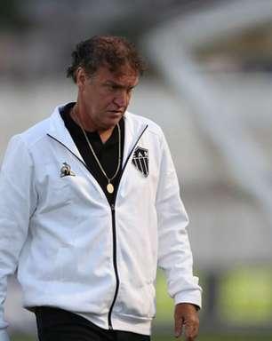 Torcedores do Atlético Mineiro perdem paciência com Cuca