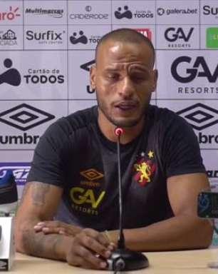 """SPORT: Patric projeta confronto contra o Retrô e destaca: """"Espero reviver meus bons momentos na Arena Pernambuco"""""""