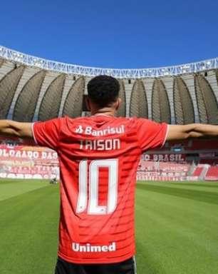 Taison revela 'autorização' de D'Alessandro para vestir a camisa 10