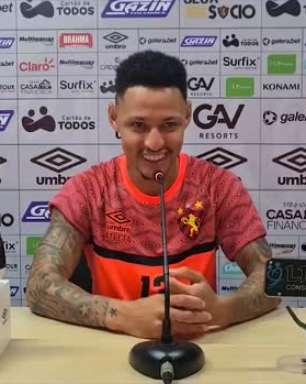 """SPORT: Neilton celebra primeiro gol com a camisa do clube e confessa ansiedade: """"felicidade muito grande"""""""