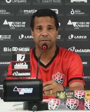 """VITÓRIA: Rodrigo Chagas fala em jogos de 'vida ou morte' para classificação no Baiano e ressalta partida contra o Vitória da Conquista: """"é final de Copa do Mundo"""""""