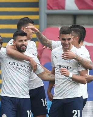 Perto do adeus, Aguero marca e City pode ser hepta amanhã