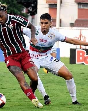 Com 2 gols de pênalti, Portuguesa-RJ e Fluminense empatam