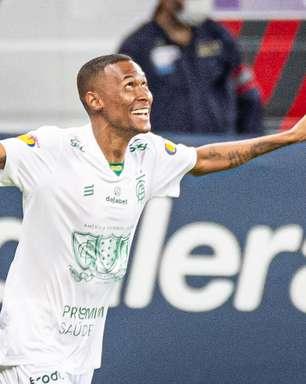 Com direito a confusão, América-MG derrota o Cruzeiro