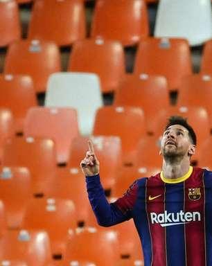 Jogadores do Barcelona fazem churrasco na casa de Messi