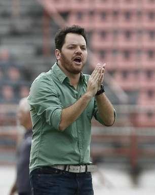 Corinthians anuncia Tarcísio Pugliese como novo treinador do Sub-20