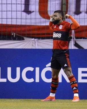 """Gabriel exalta superação do Flamengo: """"Soubemos sofrer"""""""