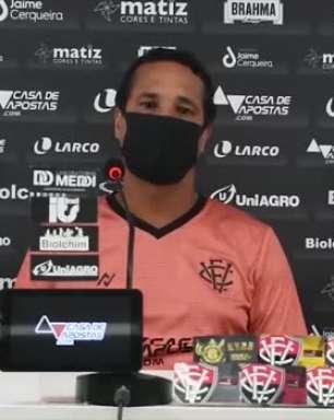 """VITÓRIA: Rodrigo Chagas tenta explicar motivos para o time ter ficado de fora das semis do Baiano: """"priorizamos a Copa do Brasil e Copa do Nordeste"""""""